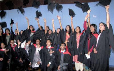 Études tertiaires : Le gouvernement rouvre son programme de bourses d'études pour l'Afrique - Le Mauricien